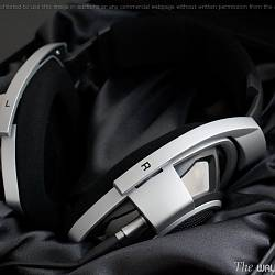 Sennheiser Headphones HD-800 03